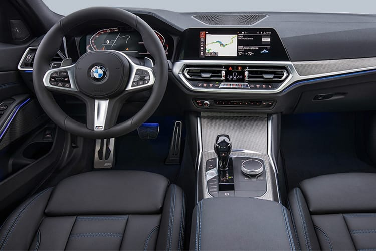 BMW 3 Series 320 Saloon 2.0 i 184PS M Sport 4Dr Auto [Start Stop] [Professional Media] inside view