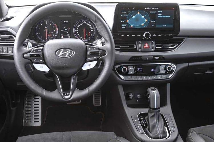 Hyundai i30 Hatch 5Dr 1.0 T-GDi 120PS SE Nav 5Dr Manual [Start Stop] inside view