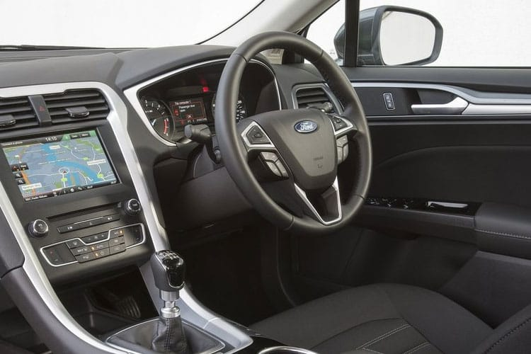 Ford Mondeo Hatch 5Dr 1.5 TDCi ECOnetic 120PS Titanium 5Dr Manual [Start Stop] inside view